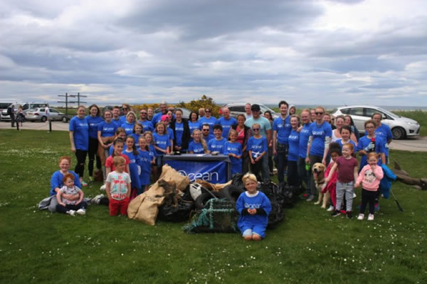 Beach clean with 4Ocean at the Scottish Dolphin Centre